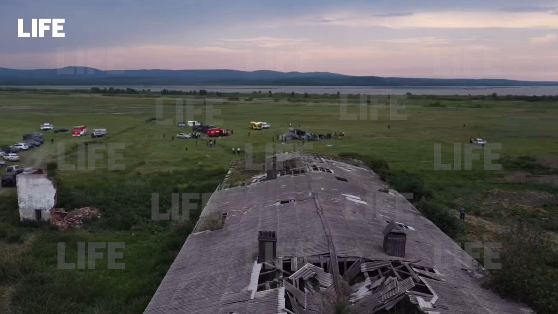 Лайф узнал о состоянии попавших в реанимацию после крушения самолёта в Кузбассе