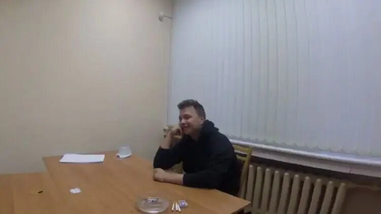 Надо есть, а всё не влазит: Протасевич рассказал об отменном питании в белорусском СИЗО