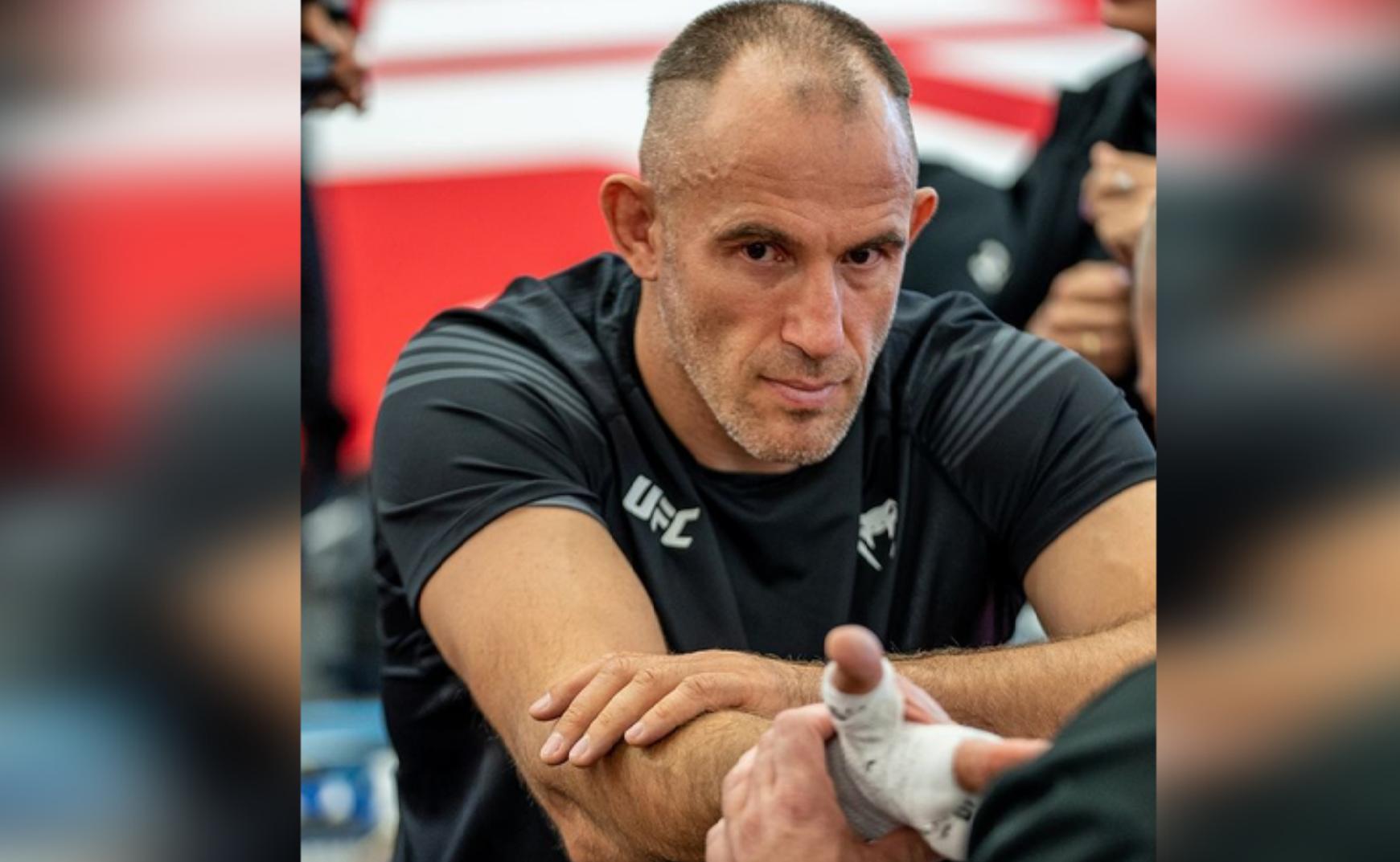 Лучший, несмотря ни на что: Российский боец Олейник проиграл на турнире UFC
