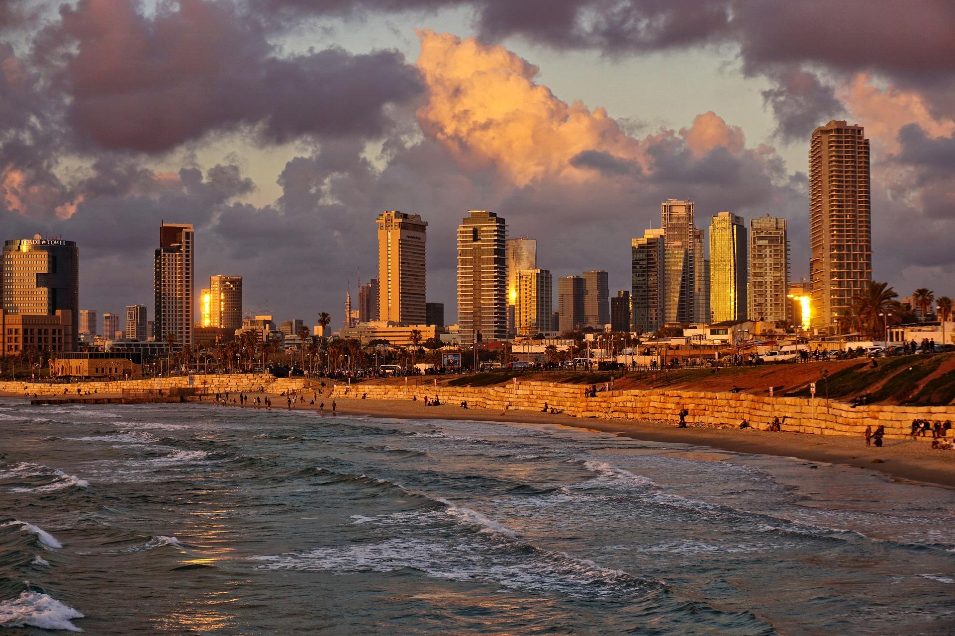 Власти Израиля передумали открывать границу для привитых туристов