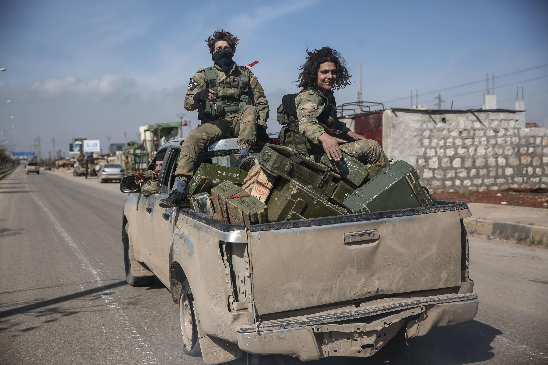 Минобороны: В Сирии боевики привезли в Идлиб цистерну отравляющих веществ