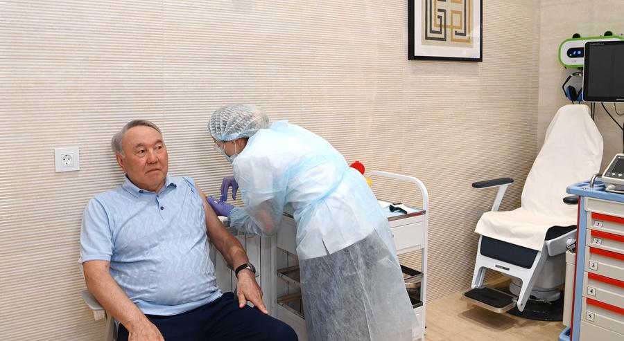 "<p>Фото © <a href=""https://elbasy.kz/ru/news/2021-06/nursultan-nazarbaev-poluchil-privivku-ot-koronavirusnoy-infekcii"" target=""_blank"" rel=""noopener noreferrer"">Официальный сайт Нурсултана Назарбаева</a> </p>"