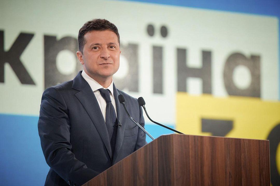 """1544141026712.9956 """"Давайте расставим точки над """"i"""": Зеленский заявил, что украинцы и россияне — не один народ"""