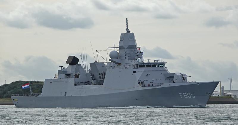 Кто попытается полезть  крепко получит: Арбитр ООН оценил действия российских истребителей в инциденте с голландским фрегатом