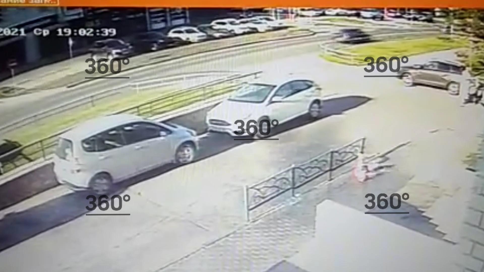 В Барнауле дети сбросили с 15-го этажа пятилитровую бутылку и сломали шею мальчику