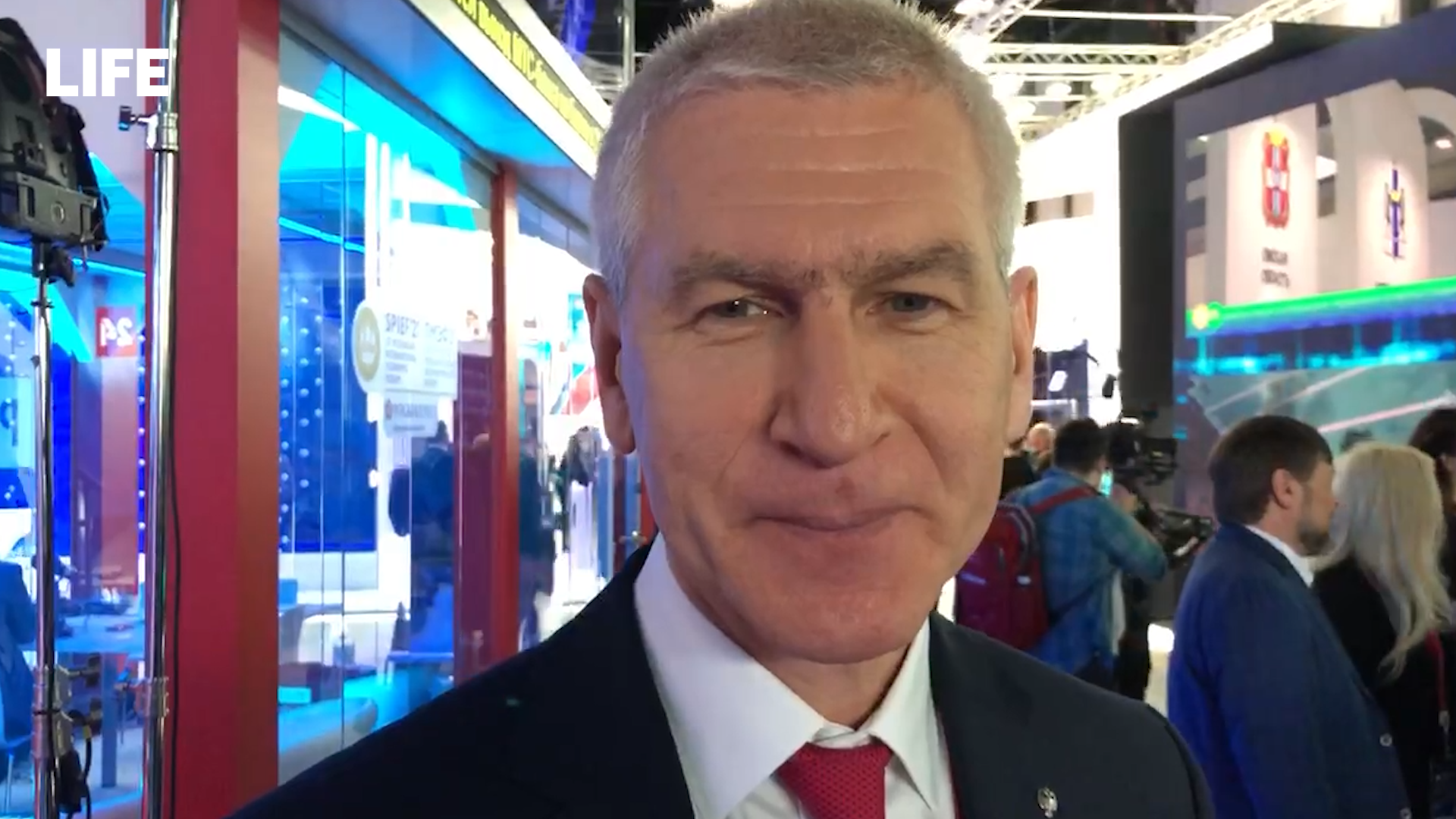 Будет непросто: Министр спорта Матыцин верит в победу России над Канадой на ЧМ по хоккею
