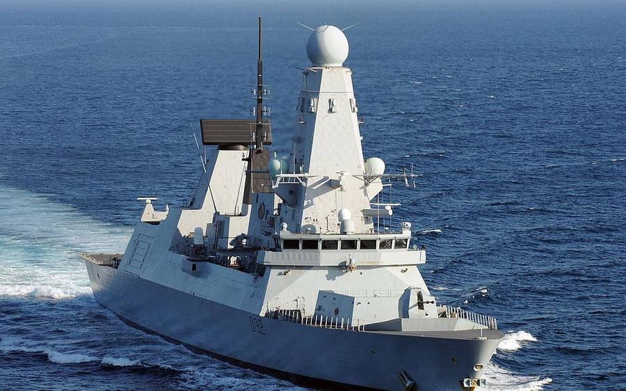 "<p>Фото © <a href=""https://ru.wikipedia.org/wiki/HMS_Defender_(D36)#/media/%D0%A4%D0%B0%D0%B9%D0%BB:Royal_Navy_Destroyer_HMS_Defender_(D36).jpg"" target=""_blank"" rel=""noopener noreferrer"">Wikipedia</a></p>"
