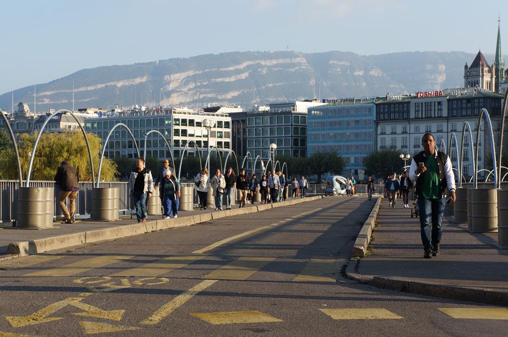 Власти Женевы закрыли два парка, где может пройти встреча Путина и Байдена