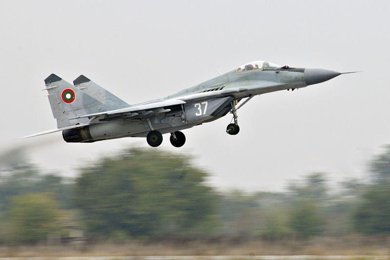 Истребитель ВВС Болгарии потерпел крушение вЧерном море