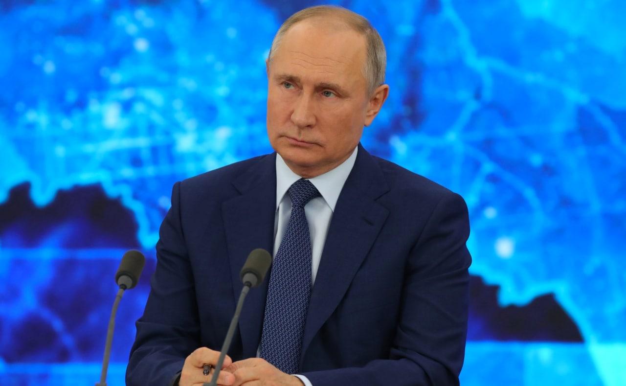 1047147123956.45 Путин подписал закон о запрете отождествления ролей СССР и Германии в ВОВ