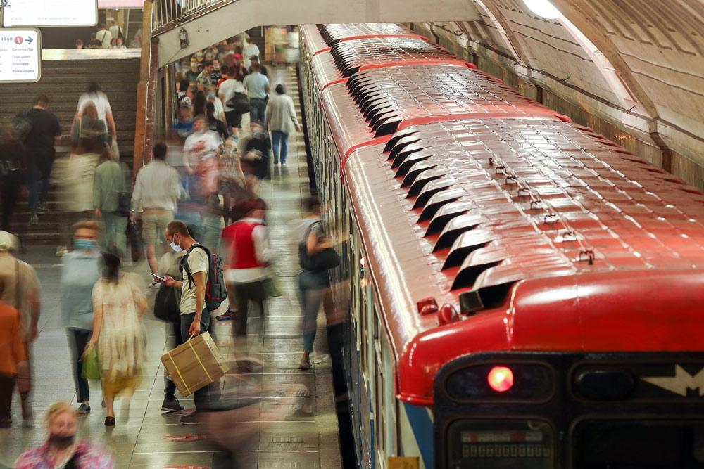 448539008960.45886 Ликсутов заявил, что метро Москвы безопаснее улиц