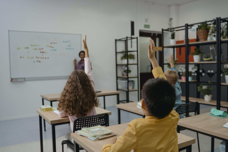 Кабмин направит 43,5 млрд рублей на строительство школ в регионах