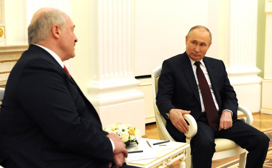 "<p>Владимир Путин и Александр Лукашенко. Фото © <a href=""http://www.kremlin.ru/events/president/news/65428/photos/65543"" target=""_blank"" rel=""noopener noreferrer"">Kremlin.ru</a></p>"