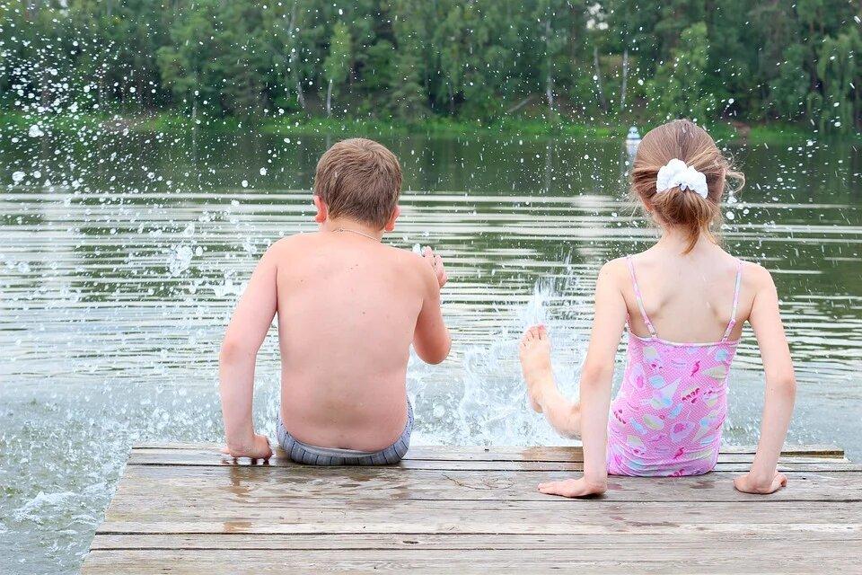 Синоптик рассказал, когда в Москве закончится купальный сезон