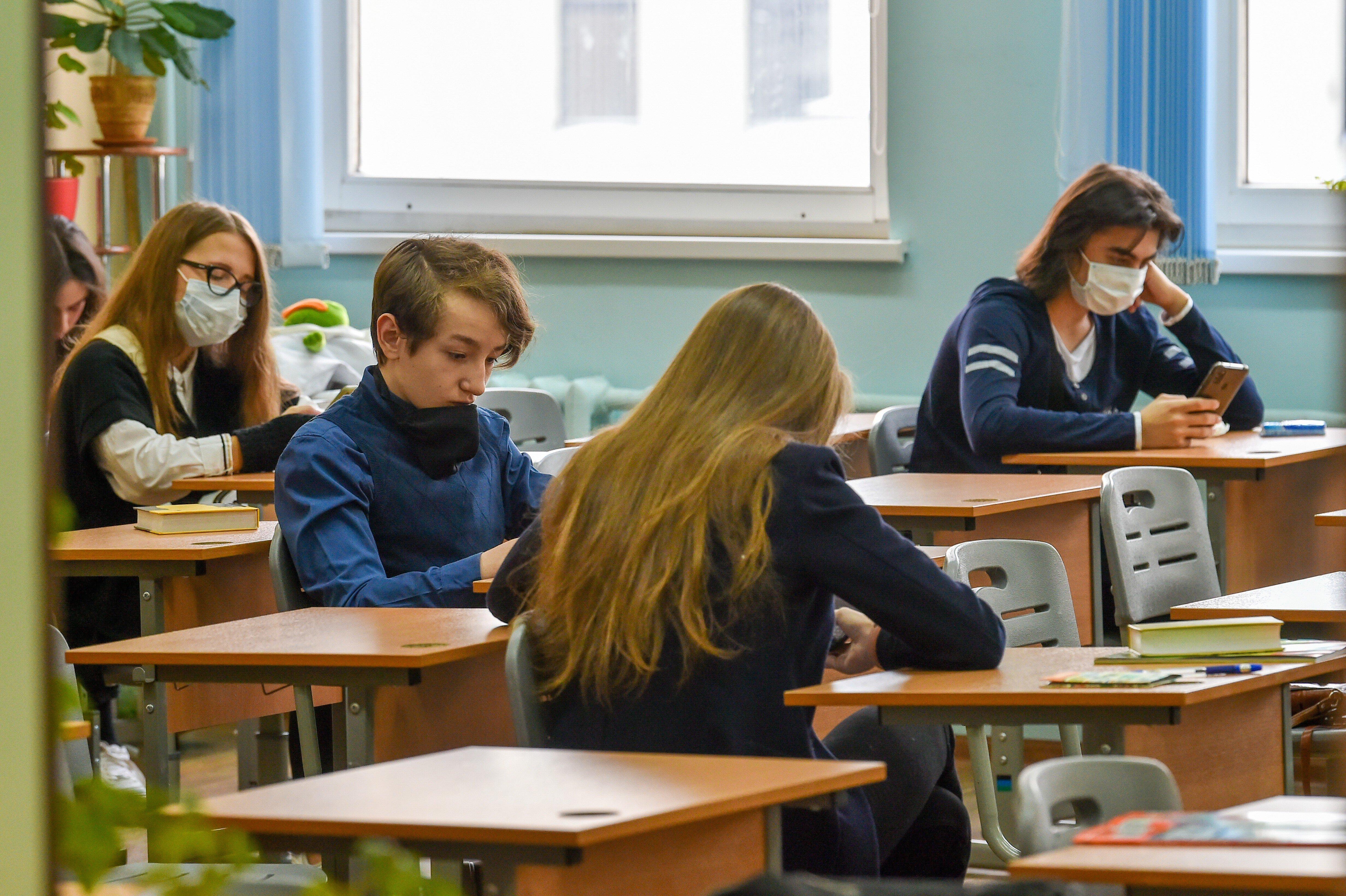 В Минтруде назвали дату начала выплат на школьников