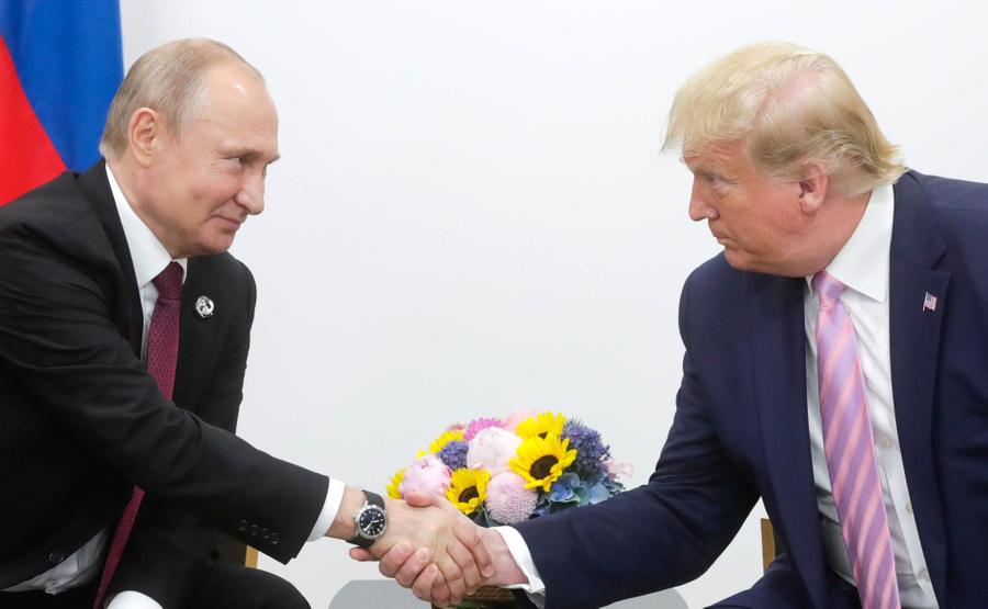 "<p>Владимир Путин и Дональд Трамп. Фото © <a href=""http://www.kremlin.ru/events/president/trips/60867/photos/59752"" target=""_blank"" rel=""noopener noreferrer"">Kremlin.ru</a></p>"