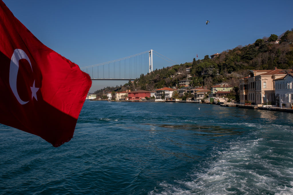 Босфор-2: Чем новый канал-дублёр Стамбул угрожает России