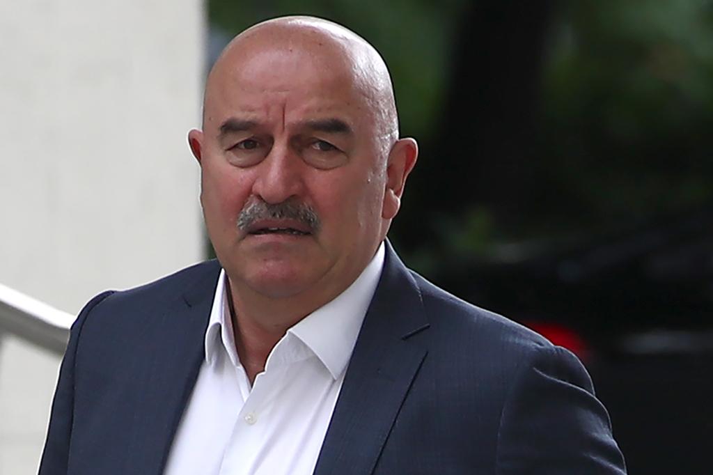 Вопрос отставки Черчесова решает не Кремль, заявил Песков