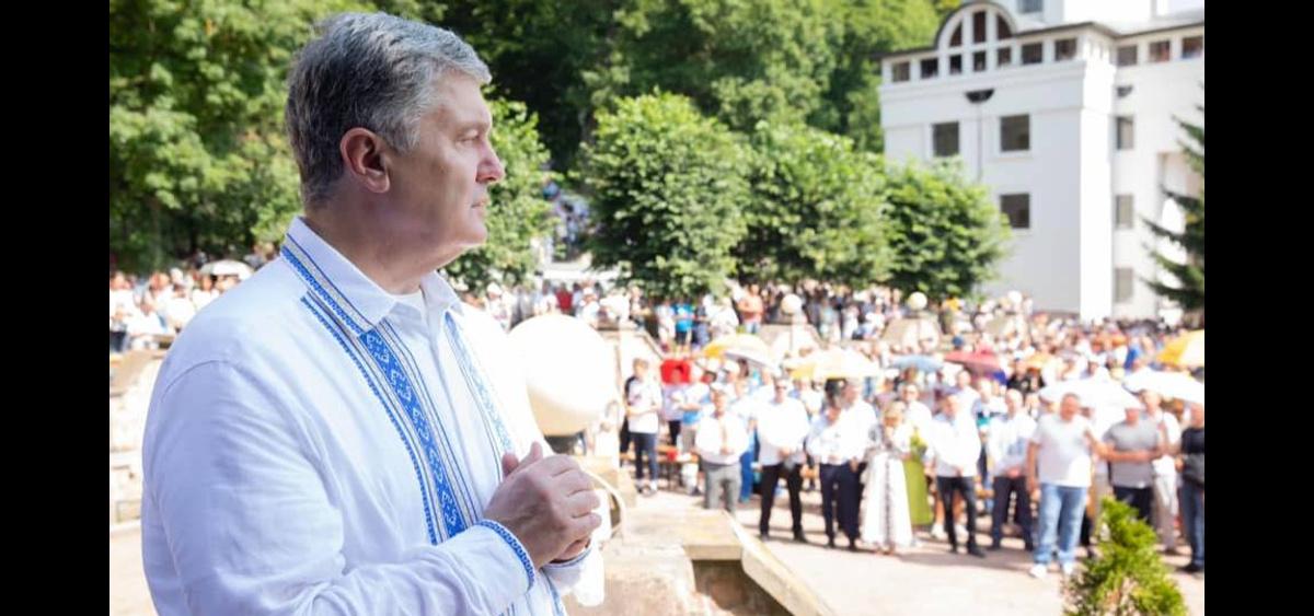 Порошенко захотел отобрать у России Крым и «вернуть его домой» за год
