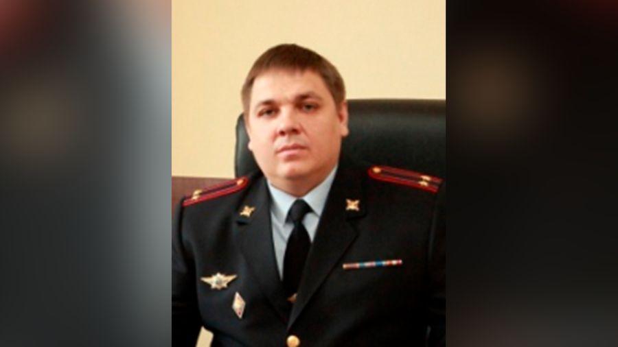 В Воронеже за попытку дачи взятки задержан бывший замглавы ГИБДД с 22 квартирами