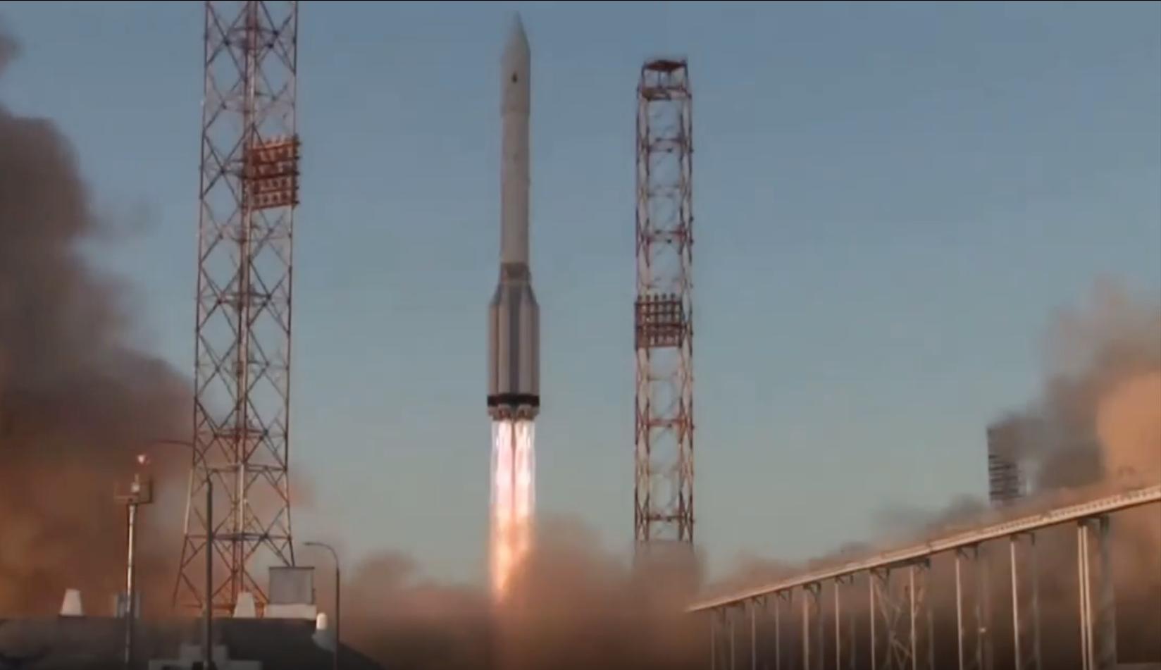Рогозин сообщил о выходе модуля Наука на расчётную орбиту