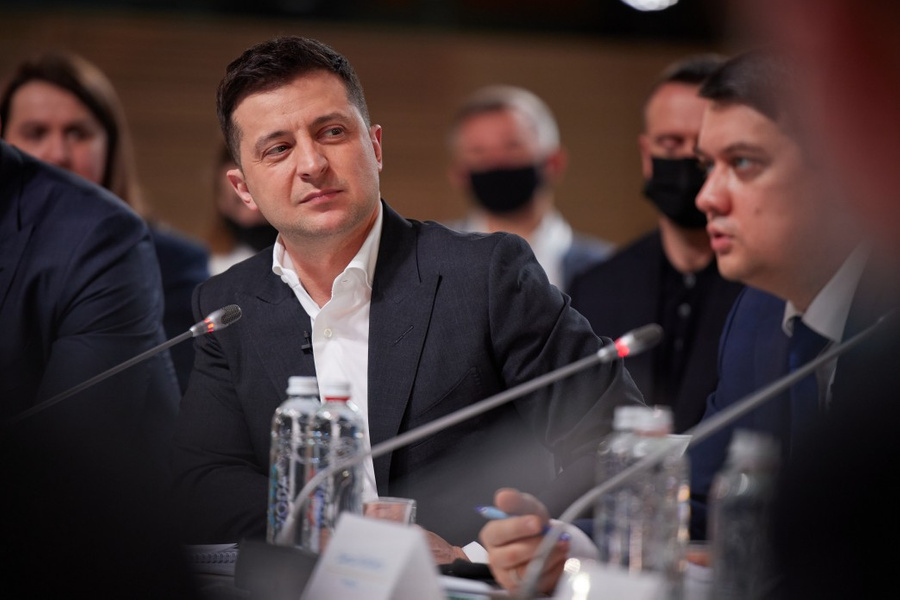 "<p>Фото © <a href=""https://www.president.gov.ua/ru/photos/zasidannya-nacionalnoyi-radi-reform-pid-golovuvannyam-prezid-3889"" target=""_blank"" rel=""noopener noreferrer"">Офис президента Украины</a></p>"