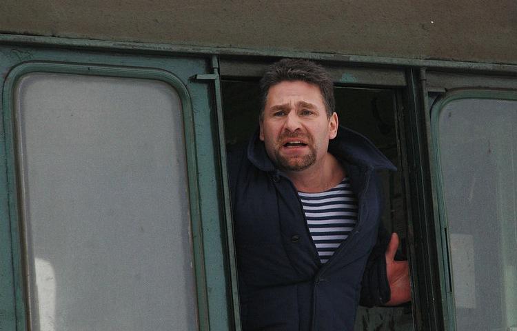 "<p>Кадр из фильма ""Монро"" / <a href=""https://www.kino-teatr.ru/kino/acter/m/ros/3580/foto/188635/"" target=""_blank"" rel=""noopener noreferrer"">Kino-teatr.ru</a></p>"