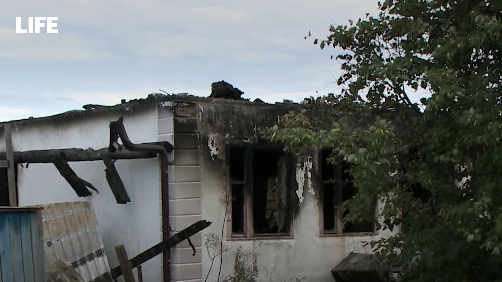 На Урале воспитавшие 25 детей родители из-за пожара лишились дома