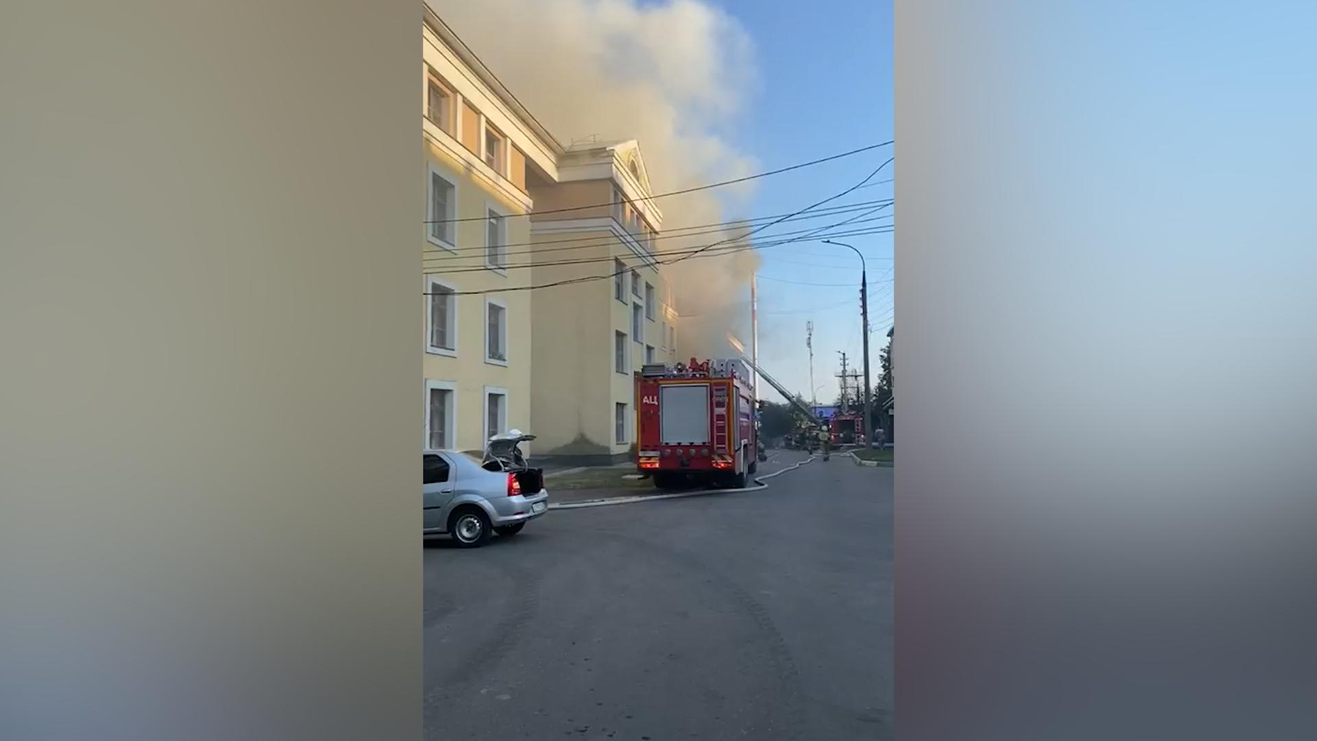 Семь человек пострадали при пожаре в общежитии медуниверситета в Нижнем Новгороде