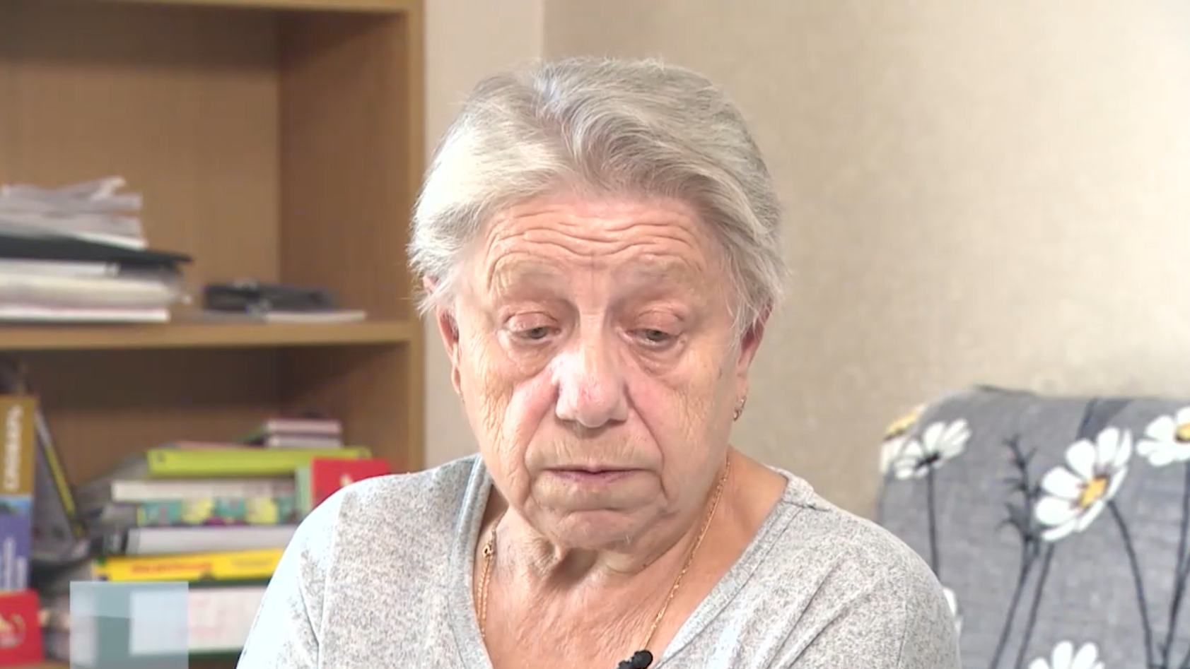 Телефонные мошенники оставили пожилую петербурженку без жилья и денег
