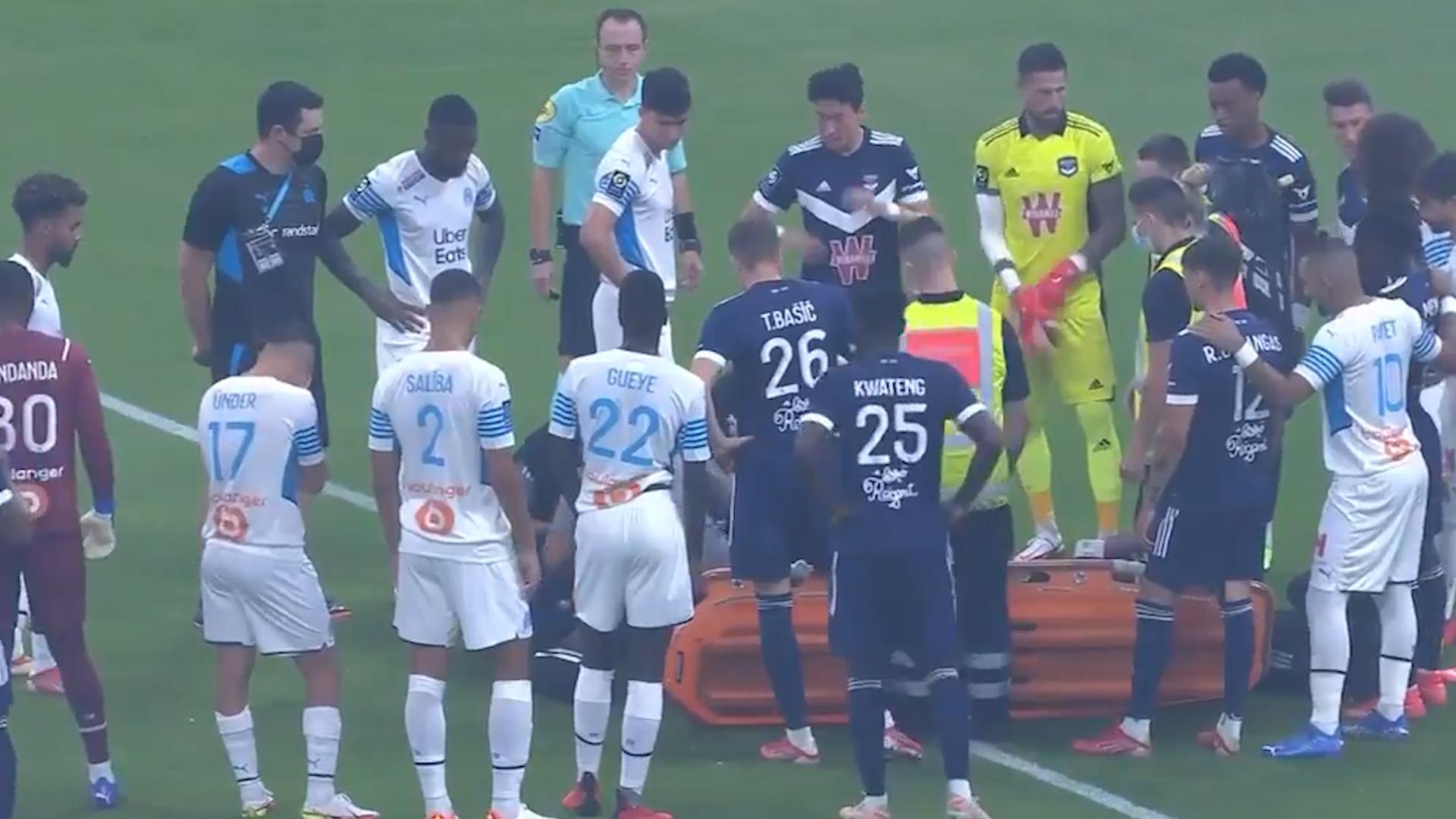 Футболист Бордо потерял сознание во время матча чемпионата Франции