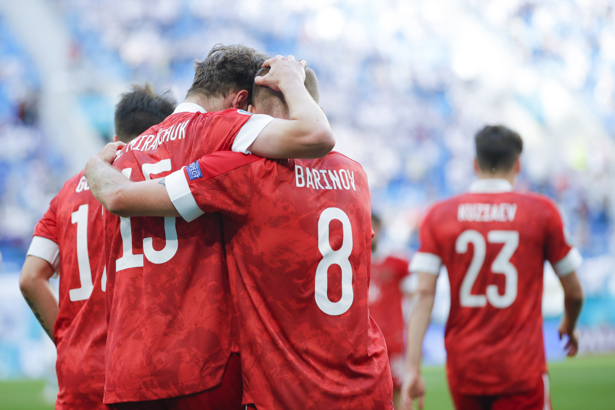Без Дзюбы: Назван расширенный состав сборной России на первые матчи под руководством Карпина