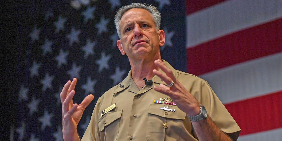 Фото © Mass Communication Specialist 3rd Class Charles D. Gaddis IV / Navy