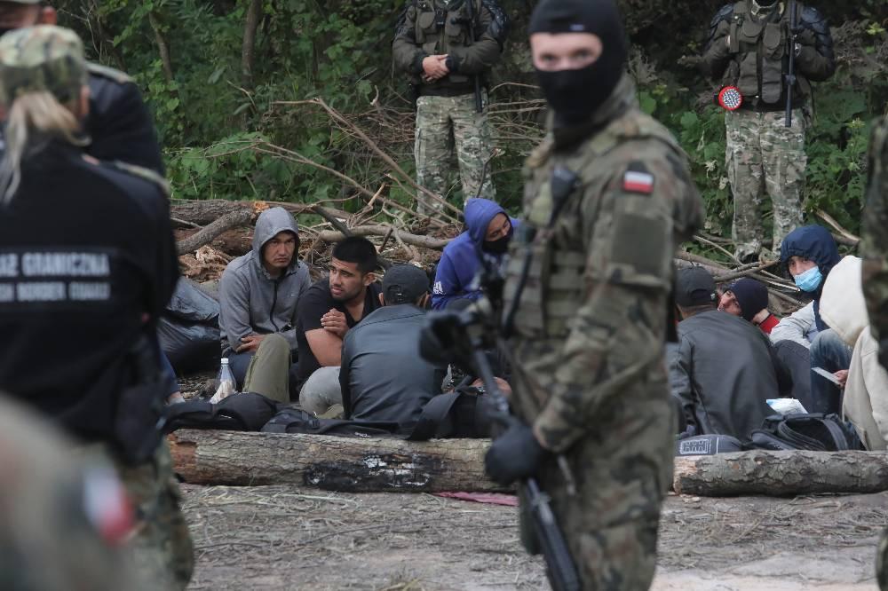 Польша обвинила Минск и Москву в миграционном кризисе на границе с Белоруссией