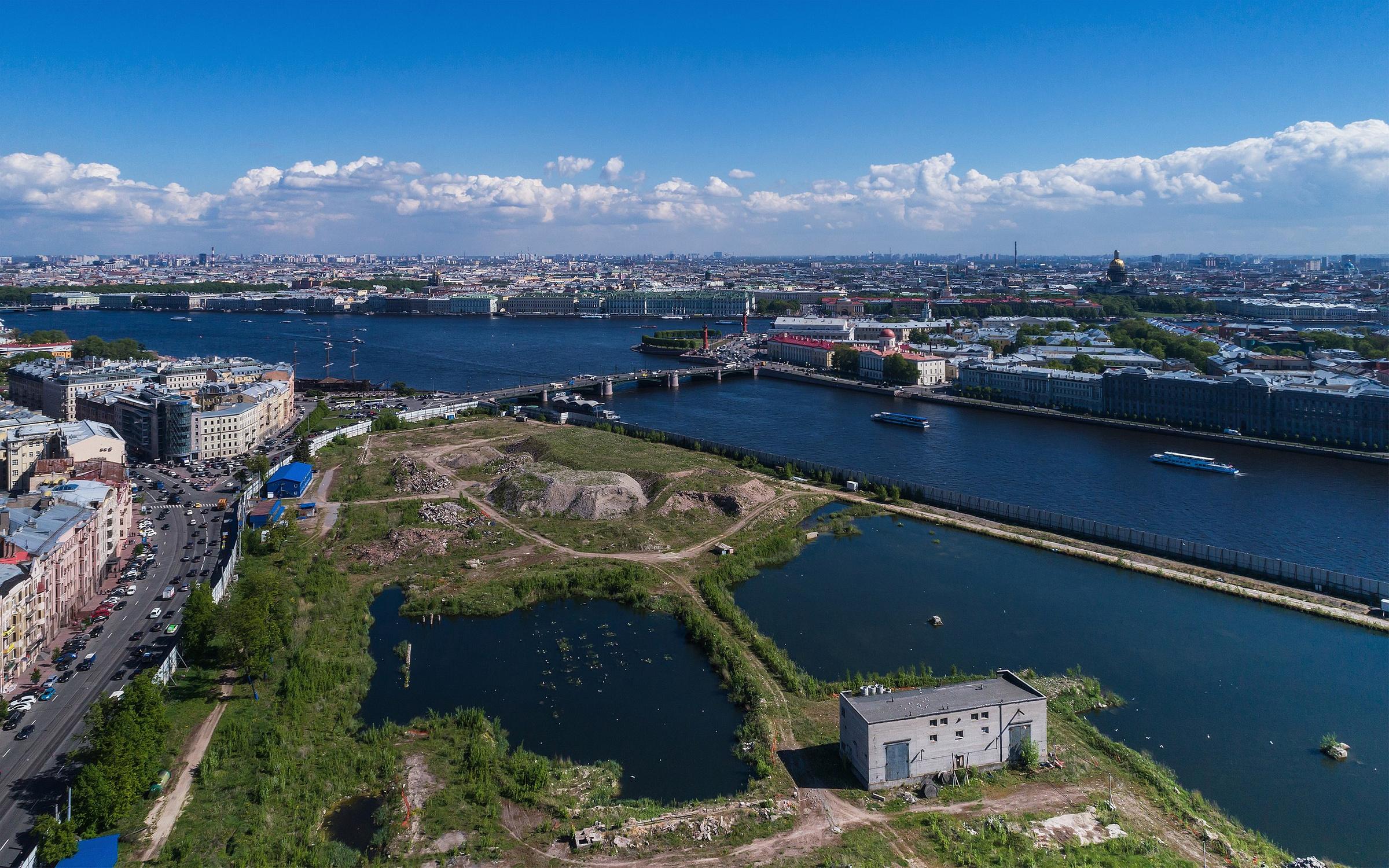 Затопленный пустырь на месте здания ГИПХ, вид с воздуха. Фото © Wikipedia