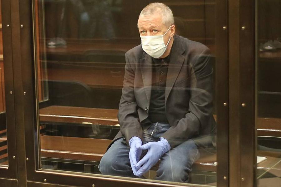 <p>Актёр Михаил Ефремов. Фото © ТАСС / Пресс-служба Мосгорсуда</p>
