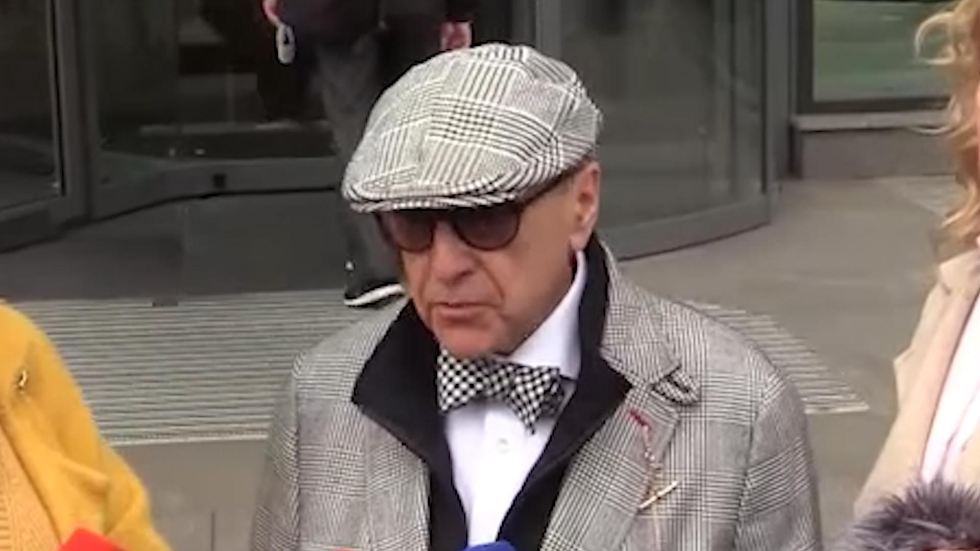 Добровинский считает, что Ефремову не повезло с адвокатами