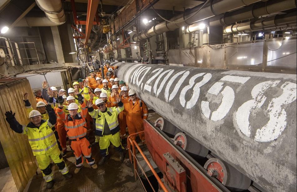 Миллер оценил возможность начала поставок газа по Северному потоку  2 с 1 октября