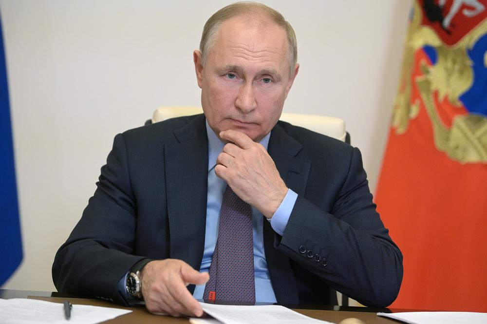Песков пообещал узнать, есть ли у Путина аккаунт на Госуслугах