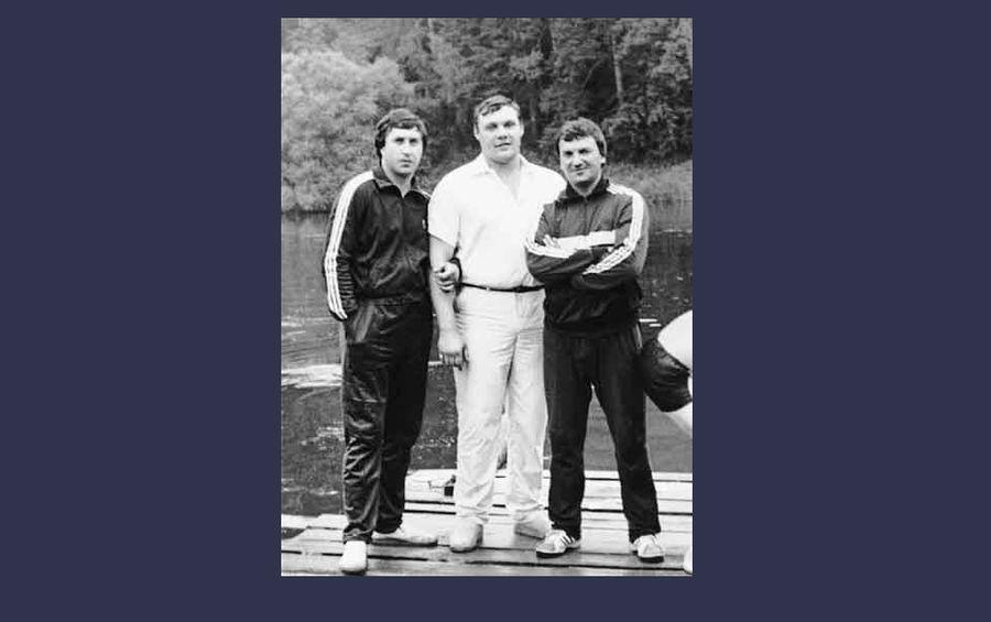 Лалакин и Иванюженков учились в одном ПТУ.  Фото © VK / Исчезнувшая история