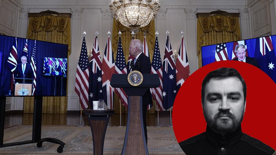 <p>Президент США Джо Байден, премьер-министр Великобритании Борис Джонсон (справа) и премьер-министр Австралии Скотт Моррисон (слева) во время совместной видеоконференции. Фото © ТАСС / АР / Andrew Harnik</p>