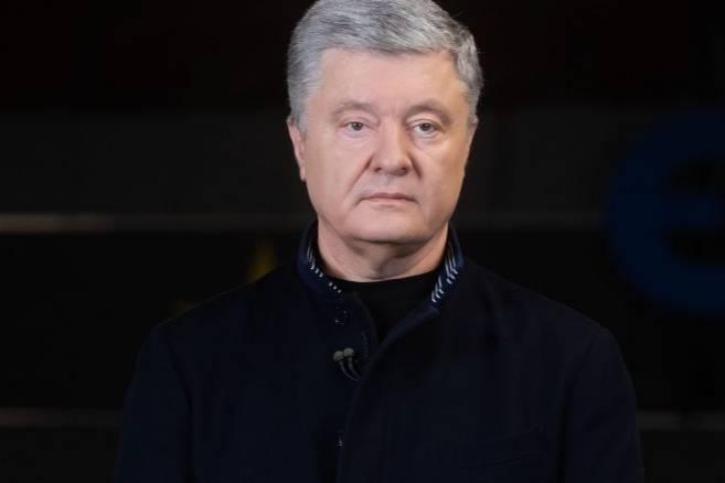 """<p>Фото © <a href=""""https://eurosolidarity.org/2021/01/18/poroshenko-pro-antykovidnu-strategiyu-ukrayiny-lyudy-ne-mozhut-chekaty-poky-rozduplyatsya-v-ofisi-zelenskogo-ta-v-jogo-uryadi/"""" target=""""_blank"""" rel=""""noopener noreferrer"""">Сайт """"Европейская солидарность""""</a></p>"""