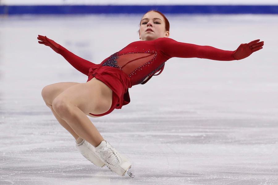 Трусова выиграла короткую программу на этапе Кубка России по фигурному катанию