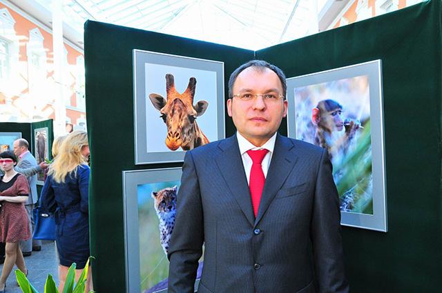 Метельский на выставке фоторабот. Фото © fotoohota.spb.ru / Алексей Шаскольский