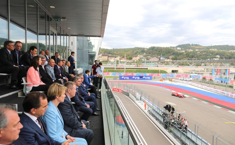 <p>Посещение гонки в 2018 году. Фото © Пресс-служба Президента РФ</p>