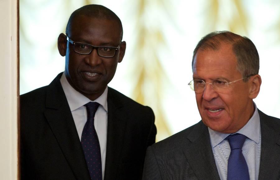 <p>Абдулай Диоп и Сергей Лавров. Фото © ТАСС / АР</p>