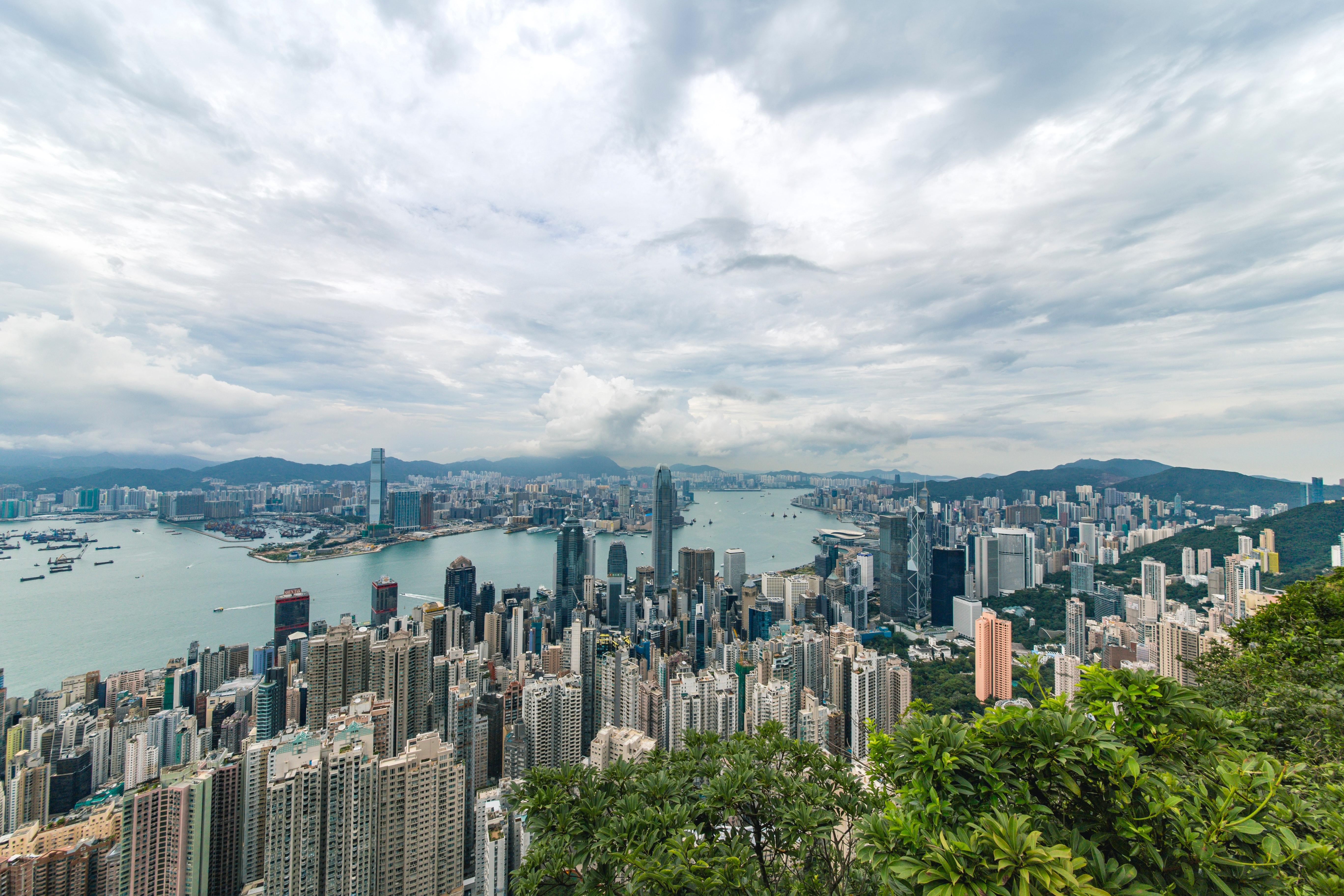 В Гонконге признали российские сертификаты о вакцинации от ковида