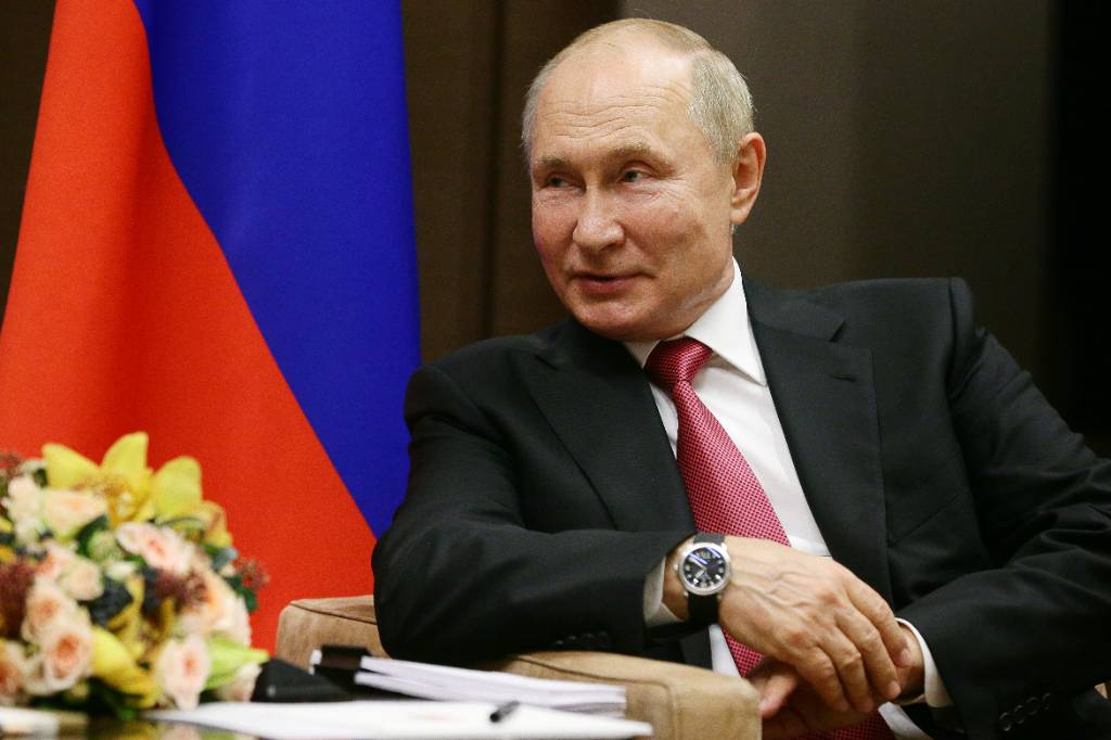 Россия на 67 лет опережает мир в сфере ядерной космической энергетики, заявил Путин