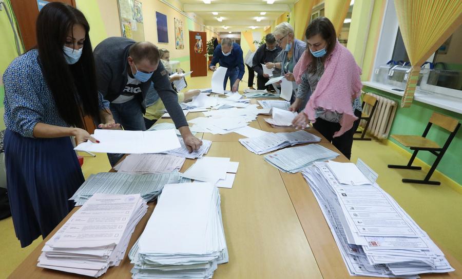 Политолог Костюшев считает выборы в СПб не совсем честными