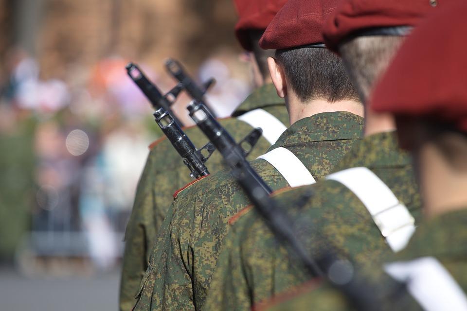 Кабмин оперативно проработал решение съезда Единой России о выплатах военным, заявил Мишустин